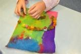 Preparazione di collane (IV elementare)